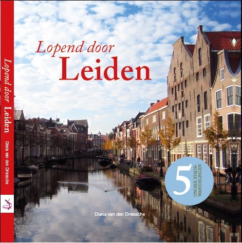 cover lopend door Leiden